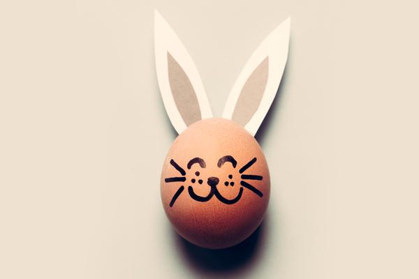 부활절 계란과 토끼, Easter 여신의 상징